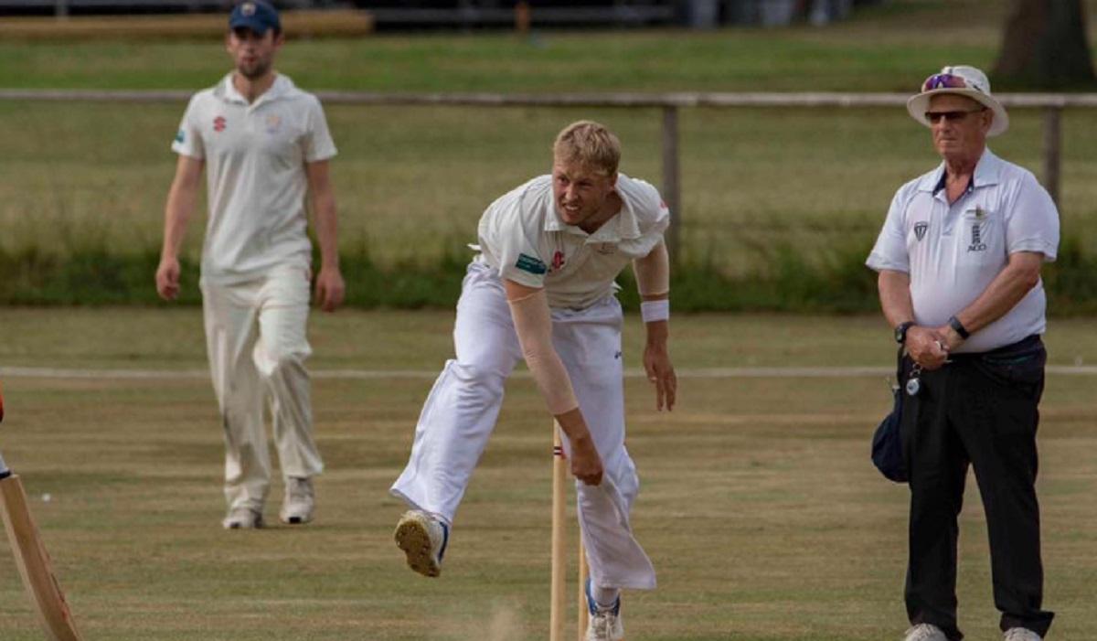 Dansk crickettalent spiller klub-cricket i England 3